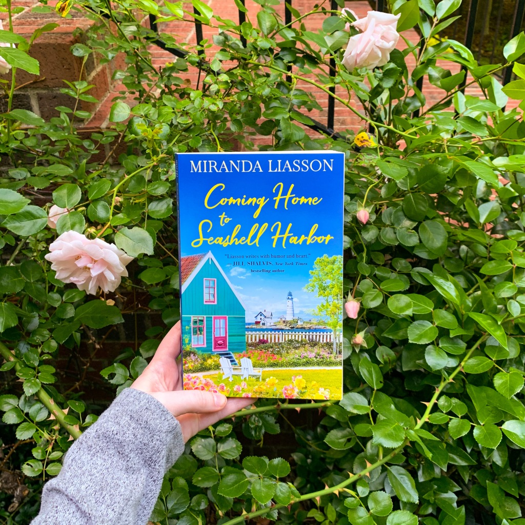 Photo of Coming Home to Seashell Harbor by Miranda Liasson paperback book