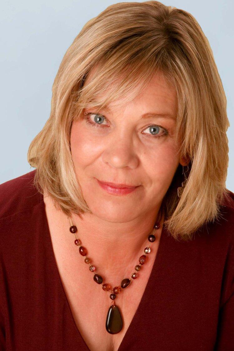 Headshot of author Barbara O'Neal